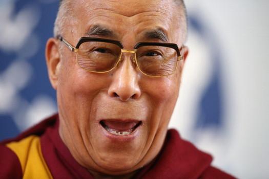[Image: dalai-lama-laughing.jpg]